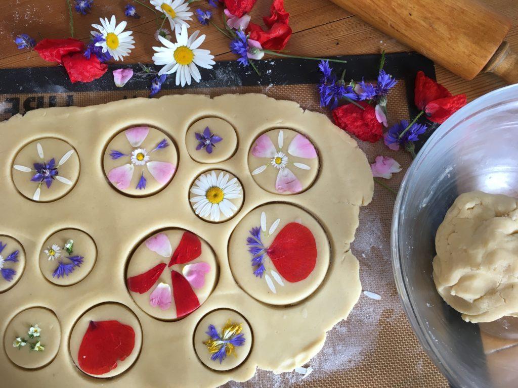 Sablés aux fleurs confection